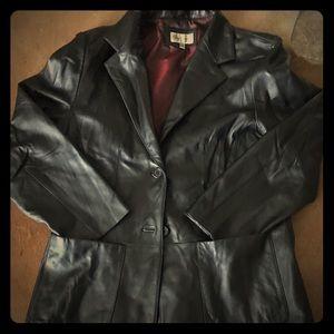 Lady's black leather jacket. Size L.